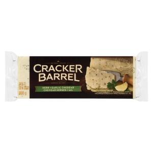 Cracker Barrel Cheese Herb & Garlic Cheddar 400 g